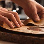 Création de semelle en cuir, réparation cuir paris, À la ville, à la montagne