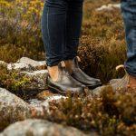 chaussures en cuir dans la nature, chaussures de montagne paris, À la ville, à la montagne